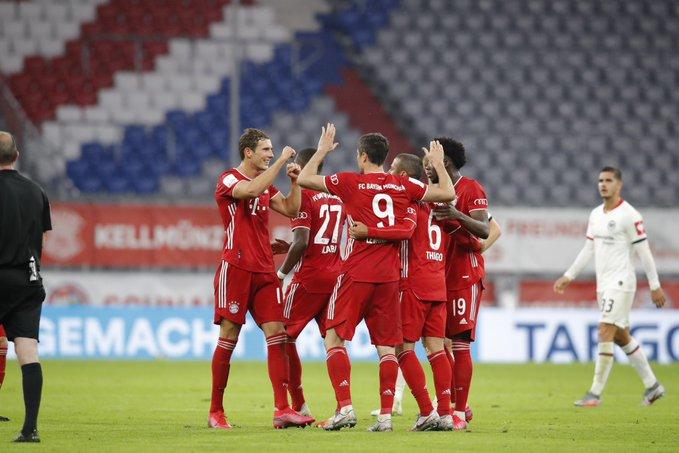 GIF:穆勒助攻佩里西奇头球破门,拜仁首开纪录