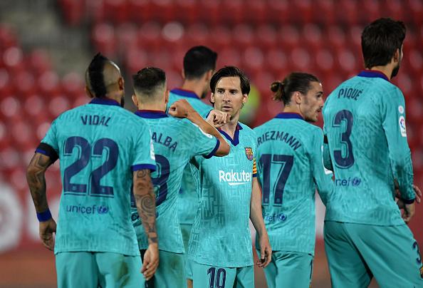 抗在肩上!梅西直接参与了巴萨西甲过去18粒进球中的15粒