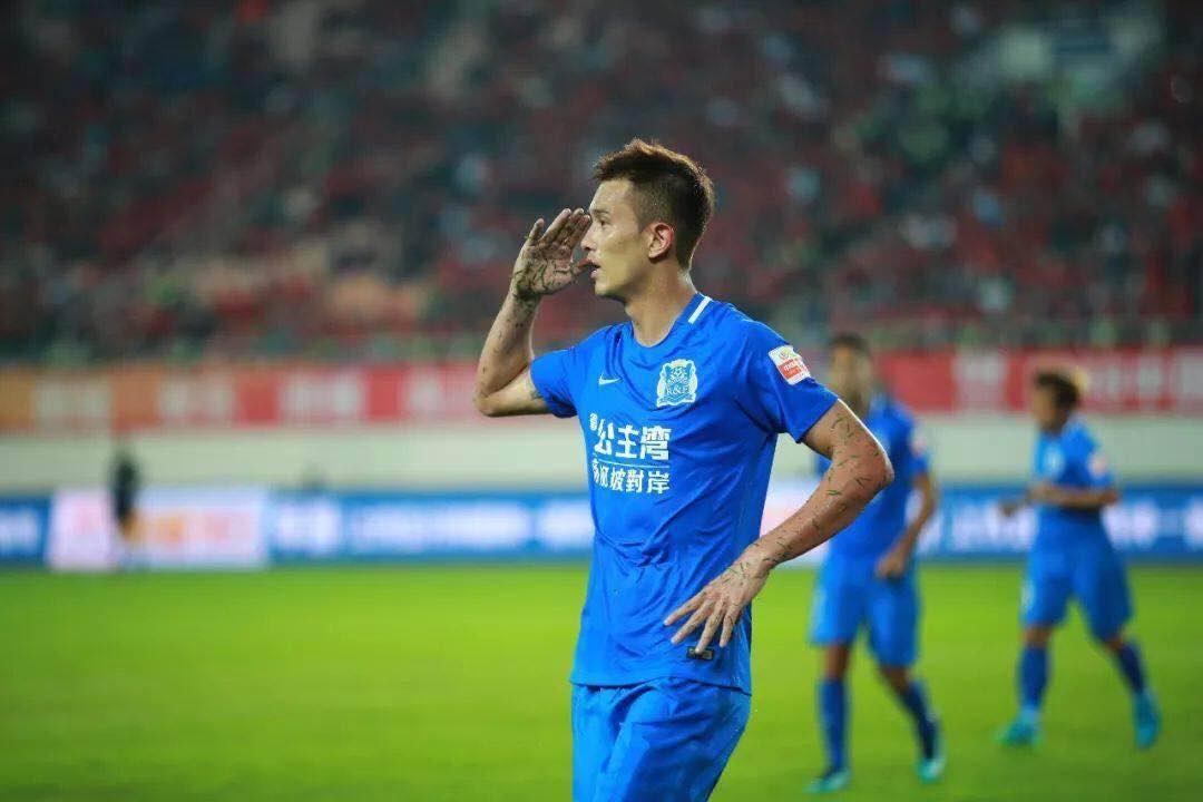 足球报:肖智仍未与富力续约,存在转投其他球队可能性