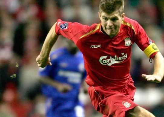 红军魂!杰拉德晒代表利物浦一线队初次首发的比赛大名单