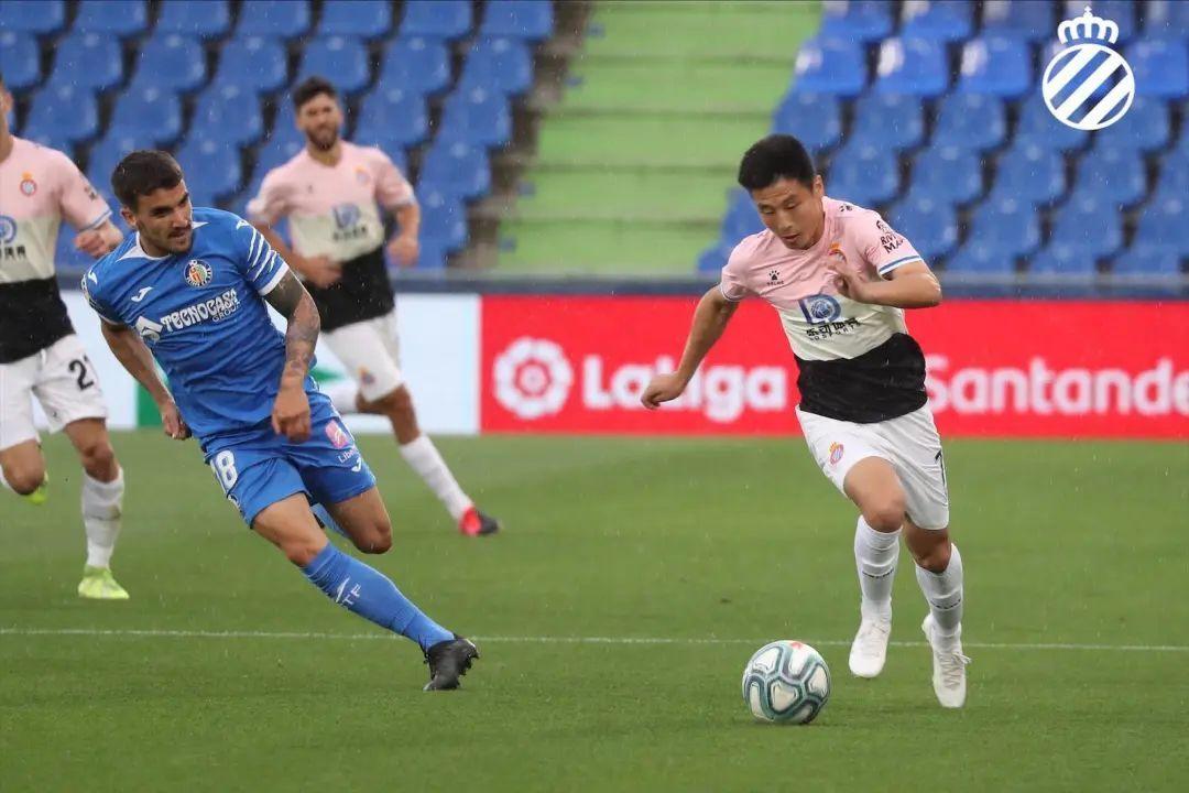 十人西班牙人0-0战平对手,武磊:一切人都是益样的!