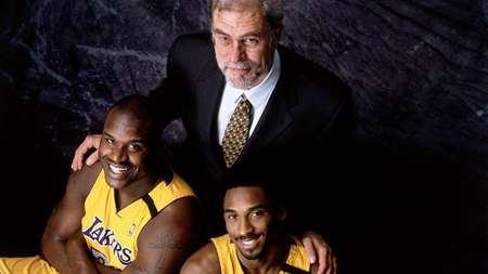 21年前的今天,湖人聘请菲尔