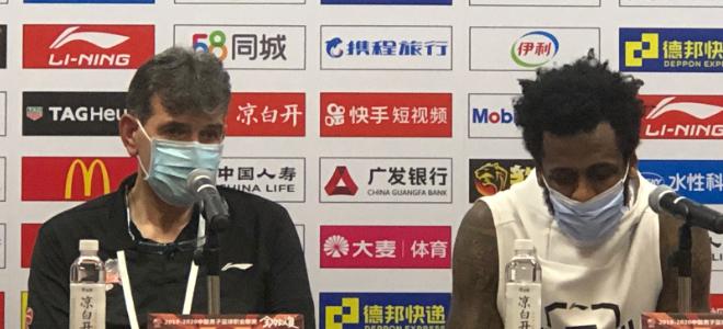 贝帅称赞本土球员:很欣慰球队打得很团队,有正能量