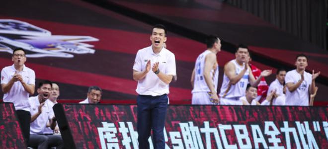 解立彬:赛前强调赢篮板就能赢球,辽宁人员不足受影响