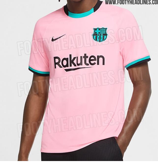 巴萨新赛季二客球衣实体照:主体粉丝搭配黑色、蓝绿