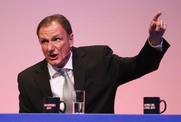 菲尔-汤普森回忆弗格森以前言论:吾们利物浦又夺冠了!