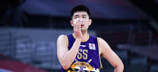 孙桐林CBA生涯篮板总数超姚明,上升至历史第36位