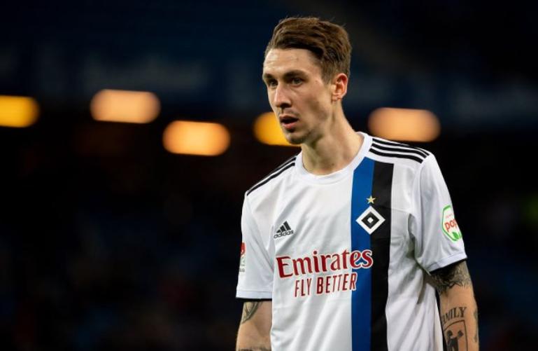 官方:汉堡确认费恩将结束租借,返回拜仁慕尼黑
