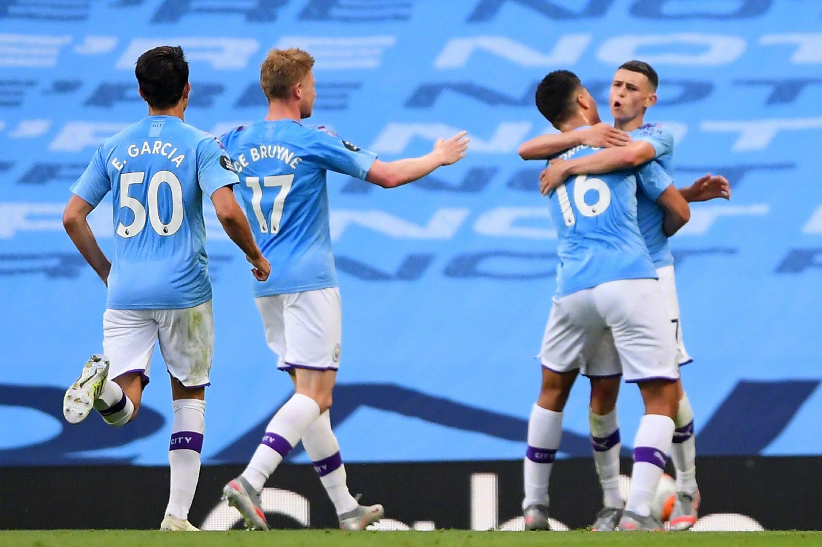 嘉士伯特约战报:德布劳内福登斯特林,曼城4-0利物浦