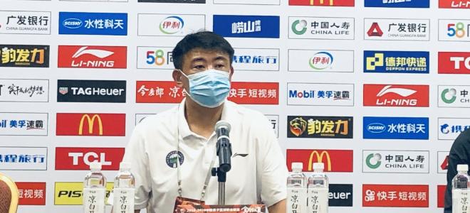 杨文海:球队缺少核心人物,下阶段急需提升罚球命中率