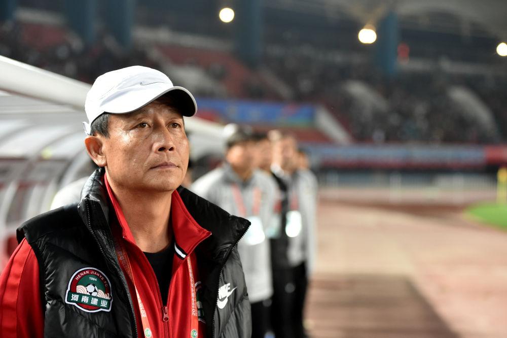 豫媒:冯卓毅出走 新援合同只有1年,王宝山辞职事出有因