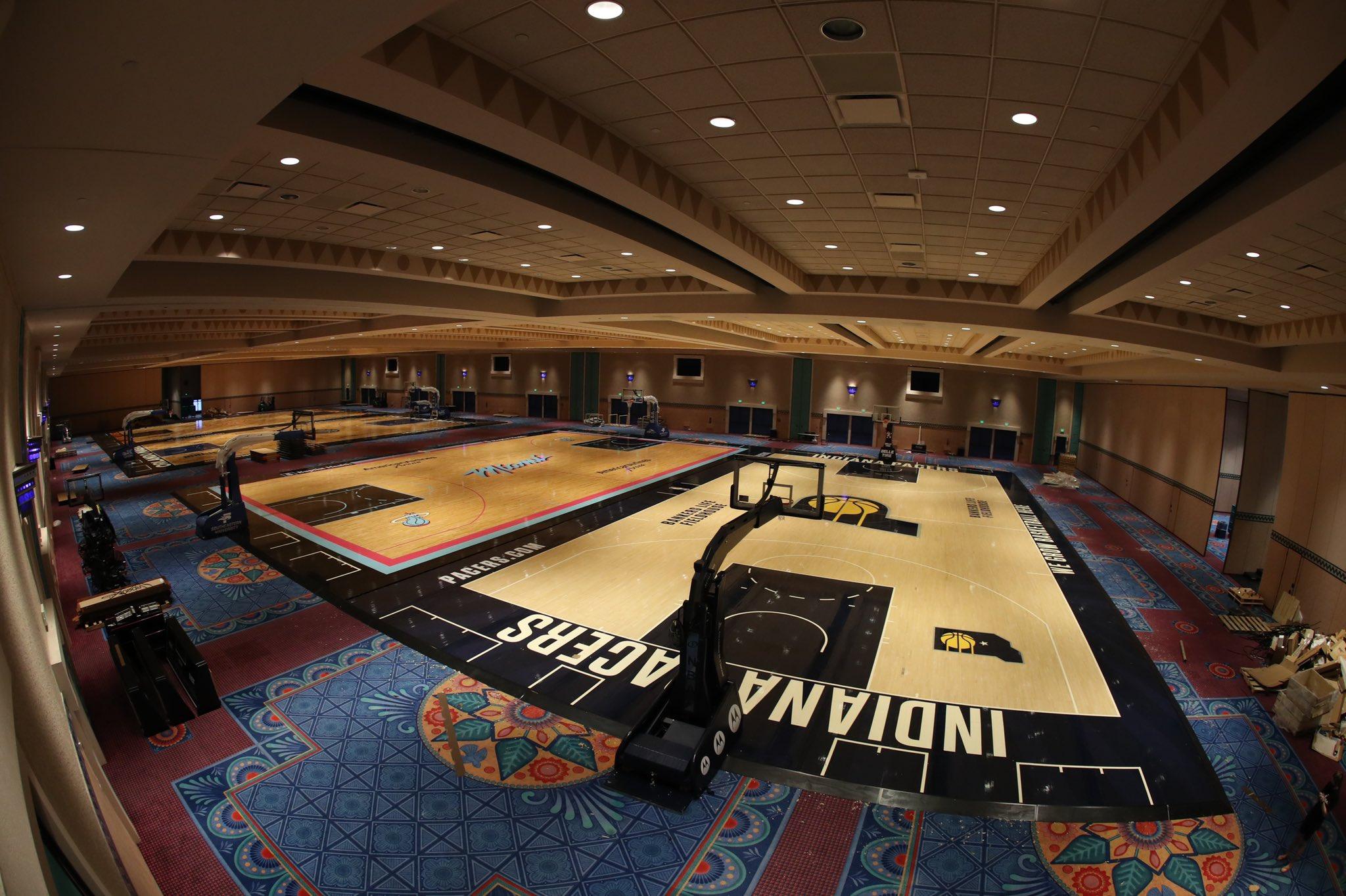 NBA官方推特发布迪士尼世界建设完工的球队训练场图片