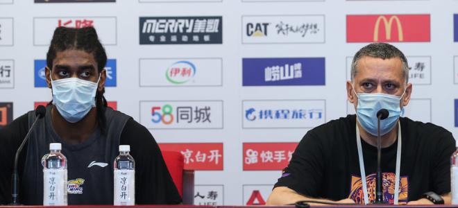 马丁内斯:感谢CBA安排游览活动,李晓旭刘志轩很快会回来