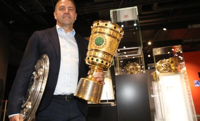 德媒:弗里克在卡塔尔冬训时,就给球队定下三冠王目标