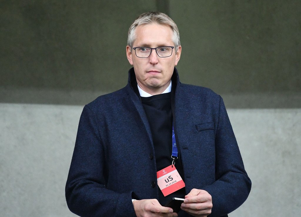 两名新星接连被挖,霍村主管不满:拜仁的行为不利于团结