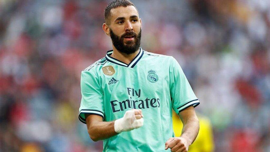 本泽马成为西甲前史首位12个月均有进球和助攻的球员