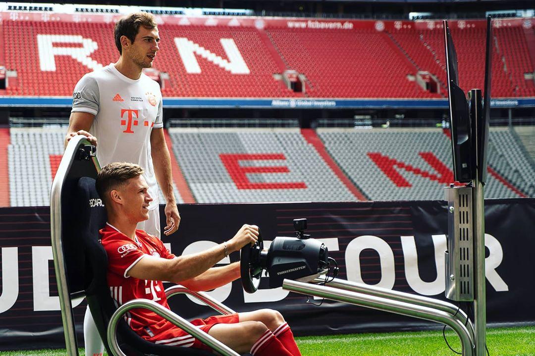 戈雷茨卡身穿拜仁慕尼黑下赛季客场球衣亮相