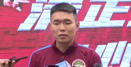 王上源:赛会制防守最重要,新赛季还会踢中卫