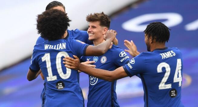 足总杯:吉鲁芒特建功,切尔西3-1曼联决赛将战阿森纳