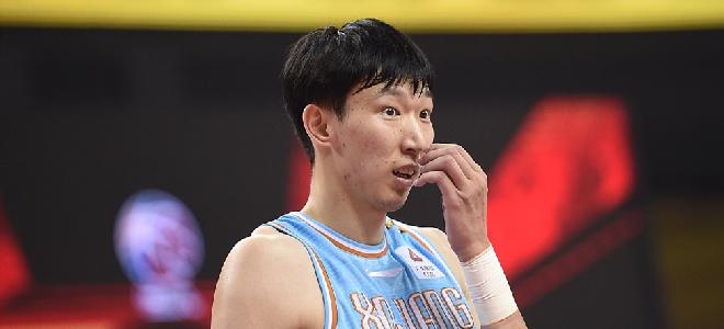 周琦半场16篮板,创本赛季本土球员半场篮板纪录
