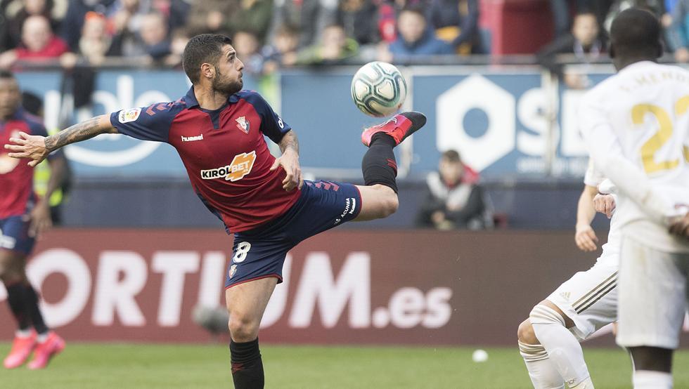 世体:前奥萨苏纳中场梅里达接近免签加盟西班牙人
