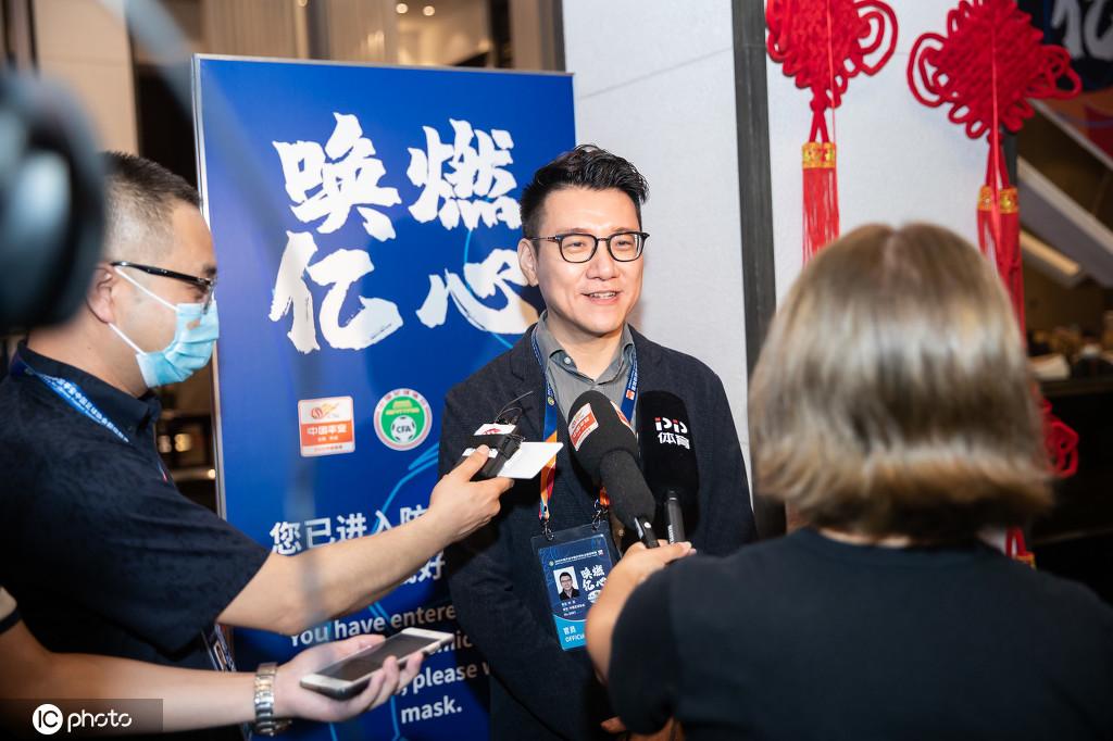 刘奕:做好准备期待中超开赛,未来考虑逐渐按比例售票