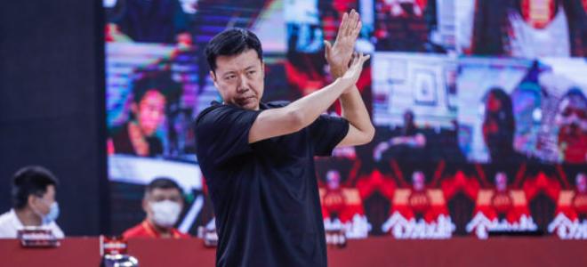 王治郅谈获胜:深圳伤员多很困难,我们内线有优势