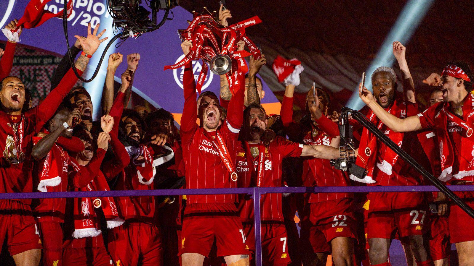 英超大结局:曼城、曼联、切尔西进欧冠,沃特福德降级
