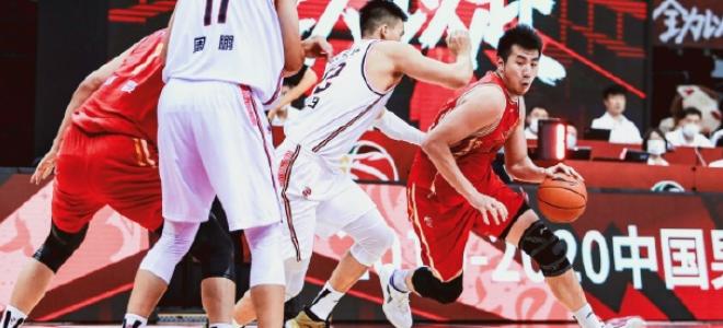 邹雨宸:赛季既漫长又短暂,重返赛场的那一刻一切都值得