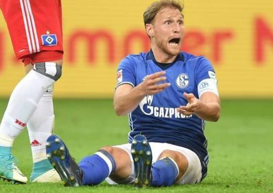 官方:前德国国脚、世界杯冠军成员赫韦德斯宣布退役