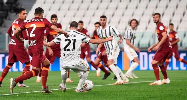 佩罗蒂梅开二度伊瓜因破门,罗马客场3-1逆转尤文图斯