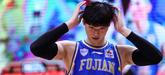王哲林:能打进季后赛算是个奇迹,现在最想去理发店弄发型
