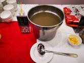 北青:苏州赛区抗酷暑,绿豆汤代替可乐每队150公斤冰块