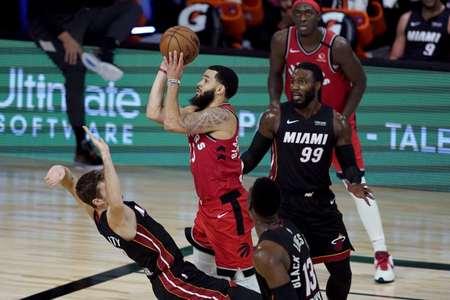 纳斯:范弗利特具有良好的横移能力,篮球智商也很精彩