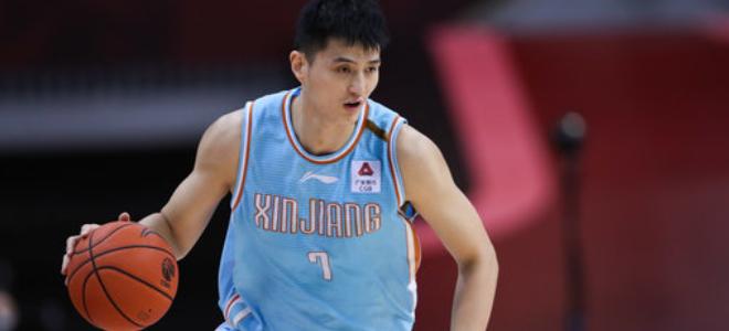 俞长栋:在新疆的九个赛季结束了,感谢所有球迷支持