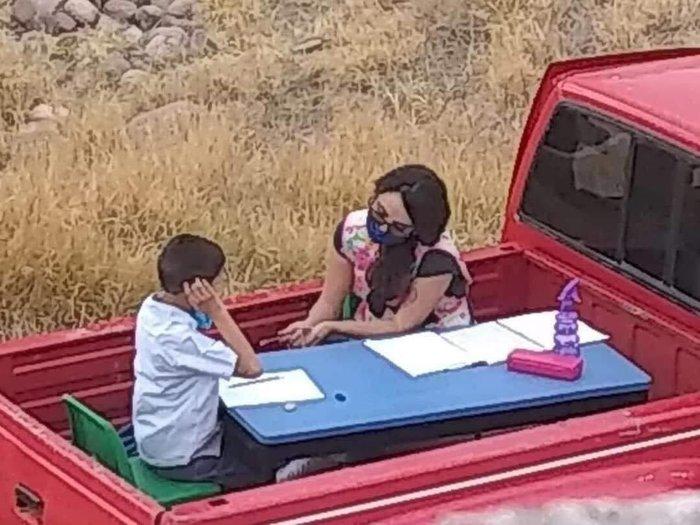 传递爱!希尔德转发一名墨西哥老师帮助孤独症儿童的推特