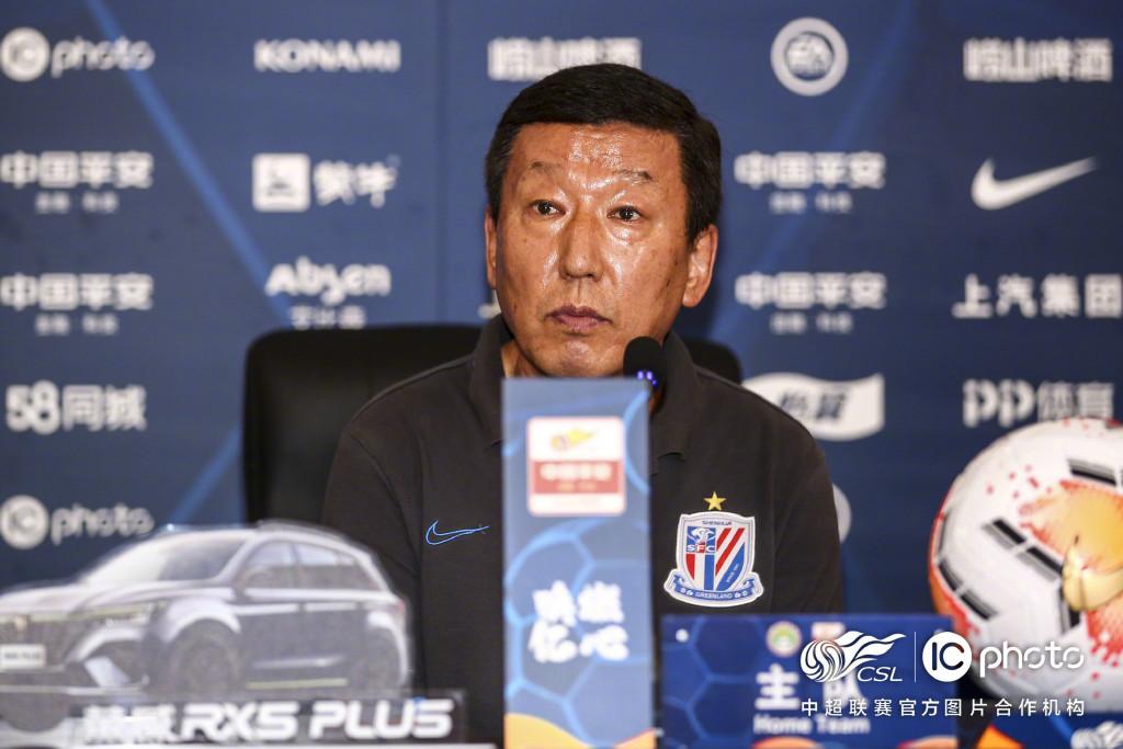 崔康熙:冯潇霆做队长是队员的决定,被绝平比输球更糟糕