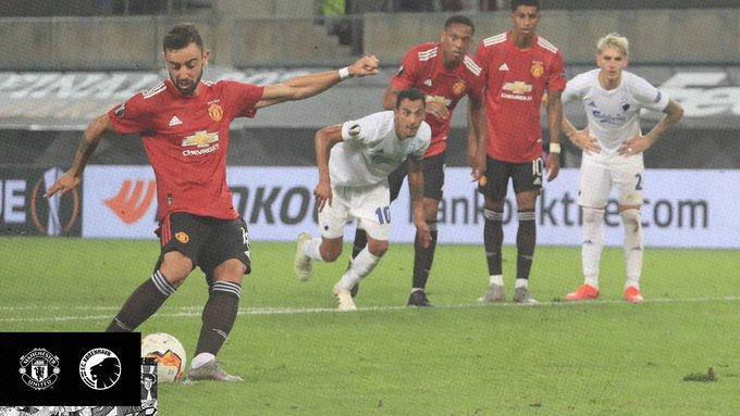 GIF:马夏尔造点B费主罚命中,曼联加时赛取得领先