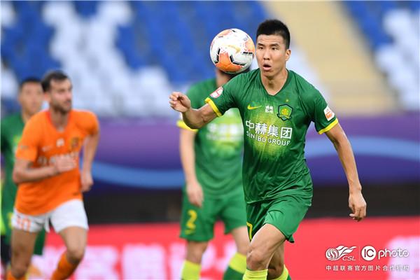王刚:我们的首要目标是赛区头名,上港是最大竞争对手