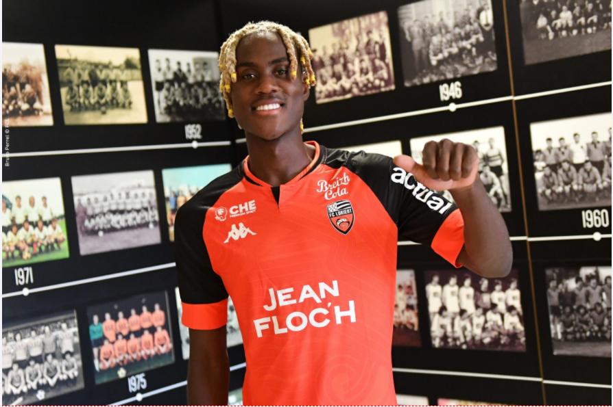 洛里昂官方:切尔西中场幼查洛巴租借添盟一个赛季