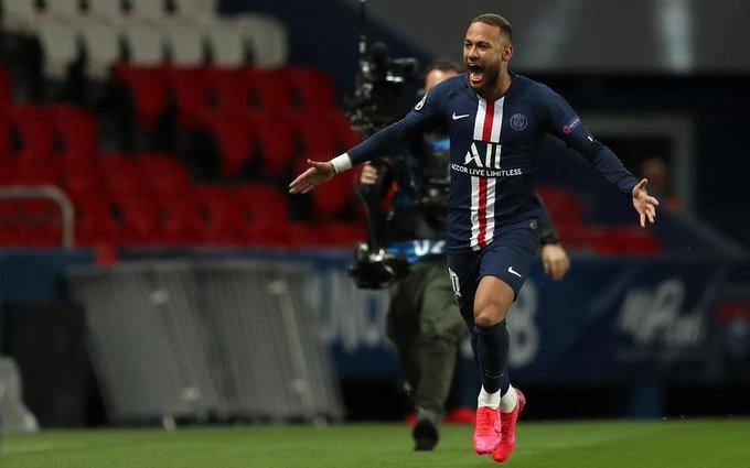 GIF:巴黎开场连续进攻,内马尔姆巴佩错失进球