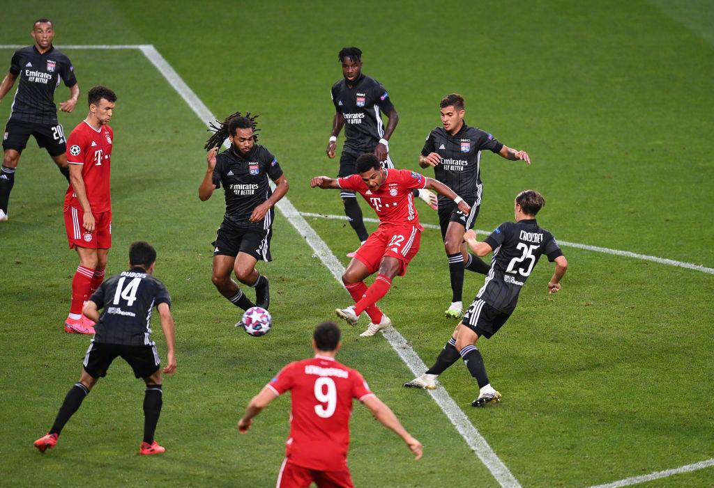 格纳布里梅开二度莱万建功,拜仁3-0里昂晋级欧冠决赛
