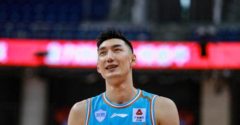 沪媒:上海男篮接近签下新疆球员可兰白克-马坎