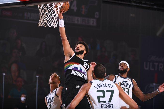 默里是NBA历史上首位连续两场得分40+且0失误的球员