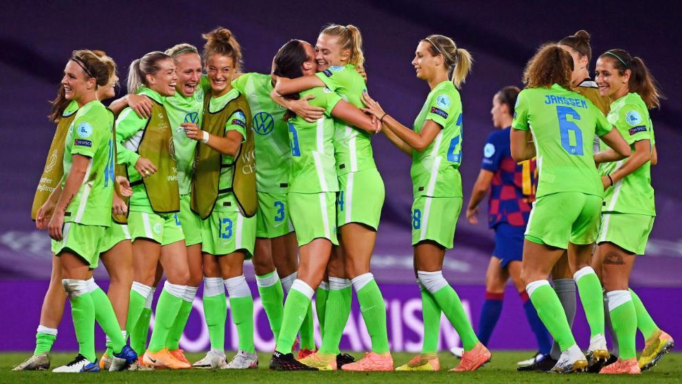 女版拜仁?狼堡女足冲击第二个三冠王,上一次2013年