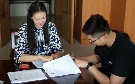 吴冠希与江苏肯帝亚完成续约,签下年薪800万元顶薪合同
