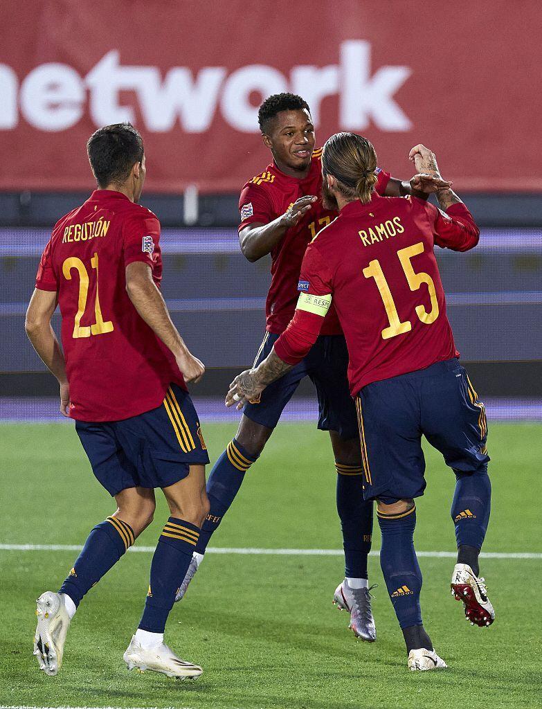 欧国联:拉莫斯梅开二度法蒂破门,西班牙4-0乌克兰