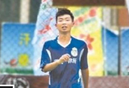 学习踢球两不误!19岁兰州男孩张煜飞跨入清华大门 第1张