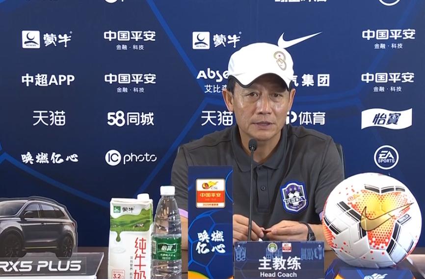 王宝山:艾哈不仅提高了球队传控,也为球员带来了自信