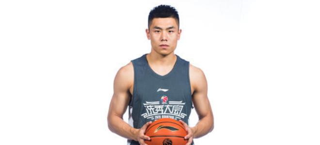 刘毅:我归于系统球员不占球权,体能和投射还需进步